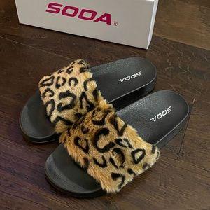 Brand New Soda Brand Leopard Slides size 8